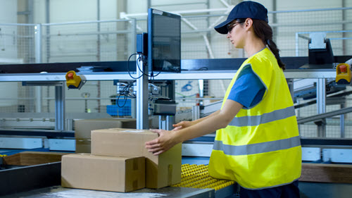 Warehouse Labor Shortage? How Blackbox Shipping Helps You Ship More Orders Using Less Staff