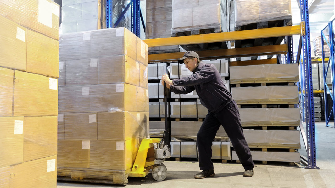 How Shipment Pre-Manifesting Can Reduce Warehouse Labor Costs